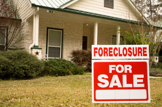 Foreclosure_sign