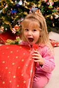 Girl_opening_present